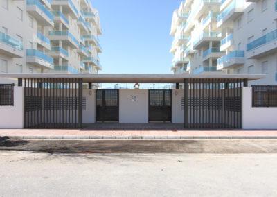 Entrada residencial playa de Piles