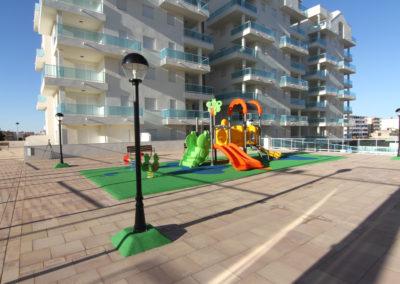 Juegos infantiles Blaumar Piles playa