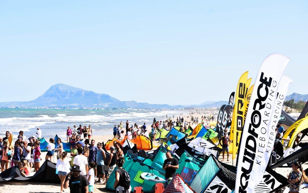 La Spain Kiteboarding League, finaliza en Oliva, con la participación de los mejores riders internacionales.