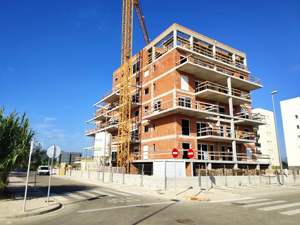 ya queda menos Apartamentos Albornés, playa de Oliva agosto 2020